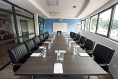 ELAIS BUSINESS CENTER - BOARD ROOM